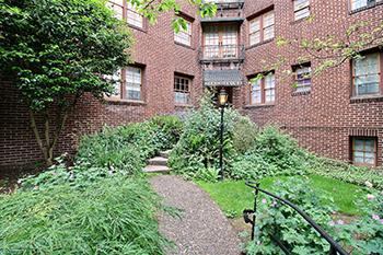 Arenson Court Condominiums